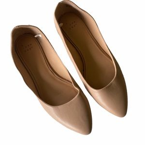 A NEW DAY   Nude Flats Size 7
